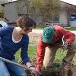 Annette Glaser, unsere Gärtnerein, und Mathias Bartsch, Betreiber der Baumschule
